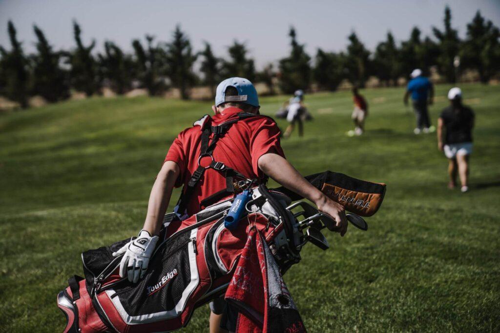 golf-walking